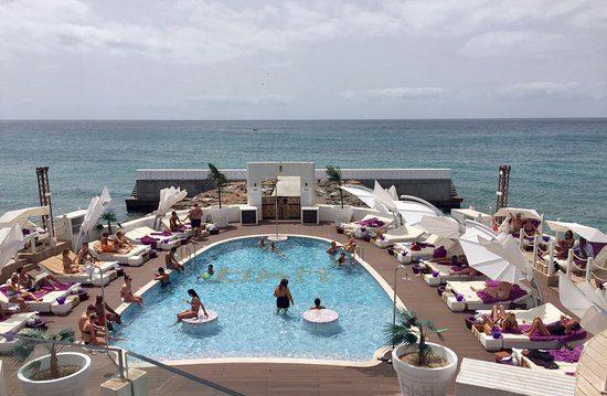 Bikini Beach Club